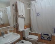 Ref 439 El Faro – 8 Bathroom