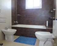 Ref 80 Monte13 – Bathroom upstairs