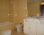 Ref 451 Novamar 12 – Bathroom