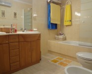 Ref 468 Novamar13 – Bathroom1