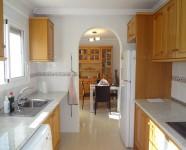 Ref 421 Monte17 – Kitchen2