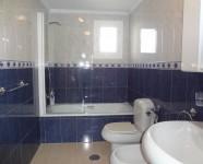 Ref 421 Monte18 – Bath2