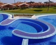 communual-swimming-pool-view6