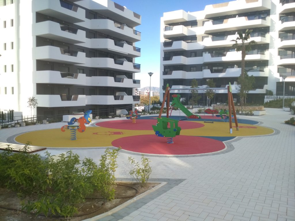 3 Bed Modern Apartment With Wifi In Arenales Playa 9 At