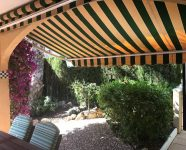 04 Jardín Terraza Cubierta Toldo Delantero